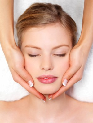 Facial at Hypnotic Salon